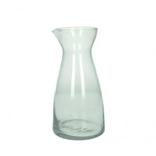 Carafe d'eau en verre