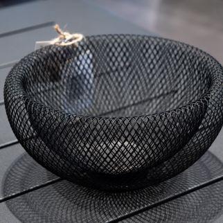 panier métal noir